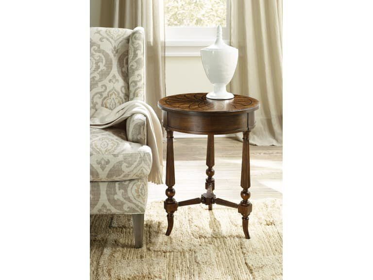 Ribbed Legs Traditional Round Accent Table In Brown
