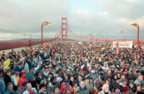 Figure 1: Golden Gate Bridge Arc Flattened By People.