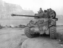Figure 1: 17 Pdr Anti-Tank Gun on Sherman Firefly .