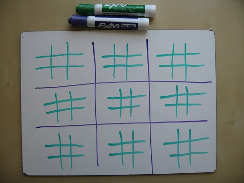 Ultimate Tic-Tac-Toe – Math with Bad Drawings