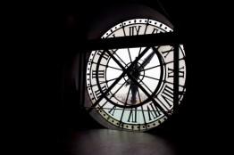 matias-ventura-clock