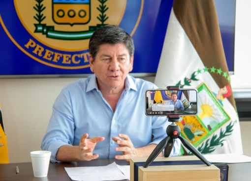 PREFECTO TERÁN SOLICITA A FUNCIONARIOS DE LOS RÍOS MAYOR SERIEDAD EN EL MANEJO DE INFORMACIÓN TÉCNICA
