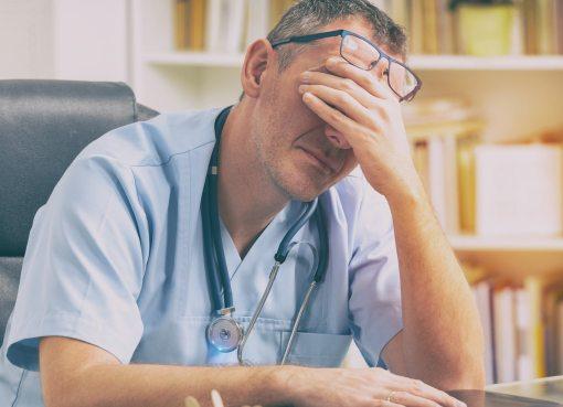 MÉDICOS ANTE LA REALIDAD DE LOS HOSPITALES QUE VIVE EL PAÍS