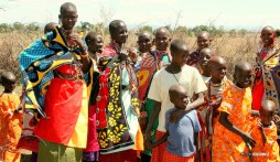 matira-safari-bushcamp-activities-maasai-village-00003