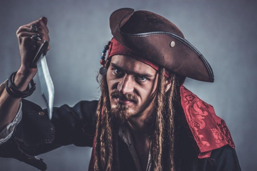 pirat, oszust, syndrom, fenomen