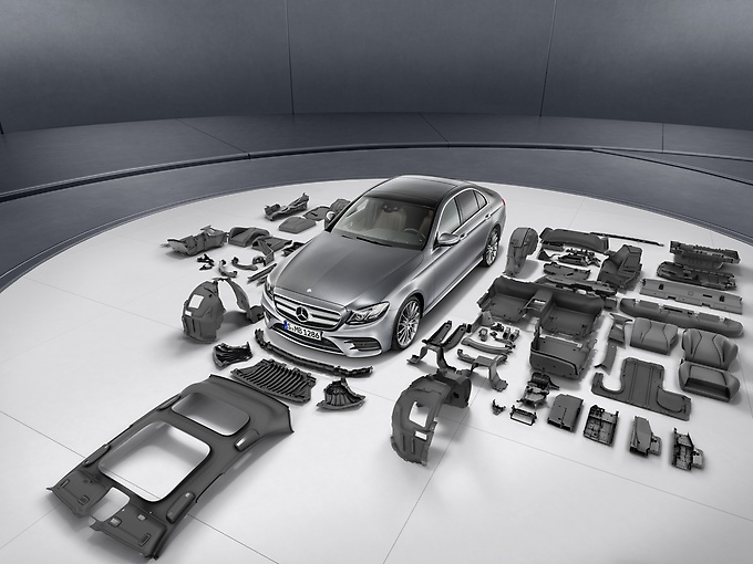 Daimler reuse of plastics in cars