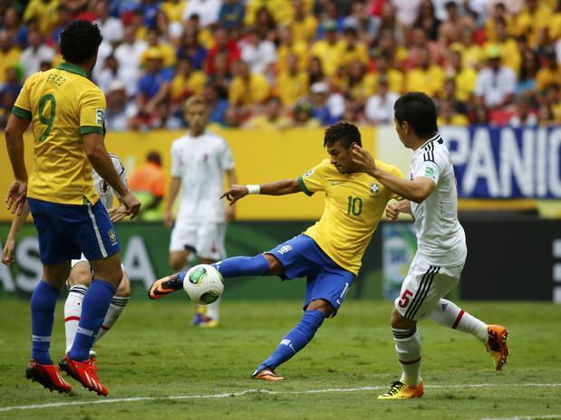 【サッカー】ネイマールのベストゴールは「日本戦の一撃」 ブラジルで再注目「最も美しいゴール」  [砂漠のマスカレード★]