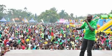 Masembe addresses the children.
