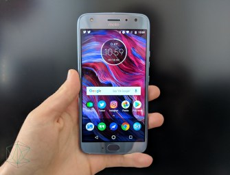 Moto X4 Review: Thank God it's Pretty