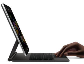 Apple's Magic Keyboard for the iPad Pro is chunky
