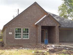 Property for sale at 312 Yorktown Avenue, Clute,  Texas 77531