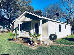 Property for sale at 1101 E Kyle Road, Clute,  Texas 77531