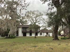 Property for sale at 1702 Bayou Drive, Lake Jackson,  Texas 77566