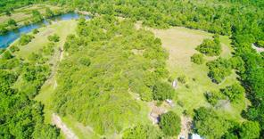 Property for sale at 101 Julie K Lane, Angleton,  Texas 77515