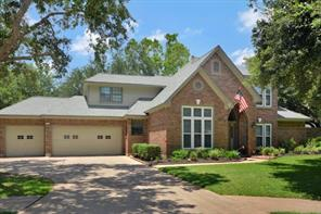 Property for sale at 54 Dewberry Court, Lake Jackson,  Texas 77566