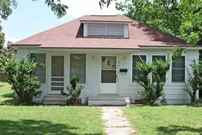 Property for sale at 402 N Oak Street, Sweeny,  Texas 77480