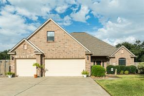 Property for sale at 1009 Enchanted Oaks Drive, Angleton,  Texas 77515