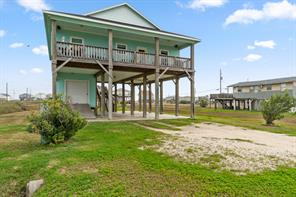 Property for sale at 4710 Bayshore Drive, Freeport,  Texas 77541
