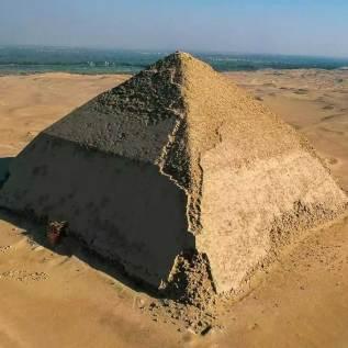 Sneferu - the first pyramid builder