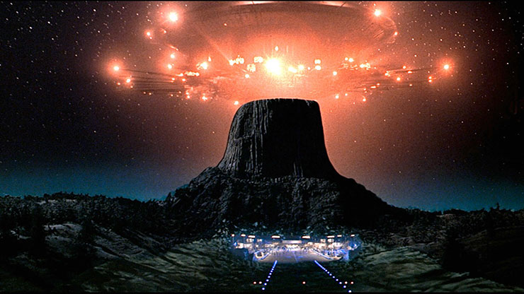 Area 51 Secrets and Cover-Ups - Are we the real Aliens and UFO Sightings