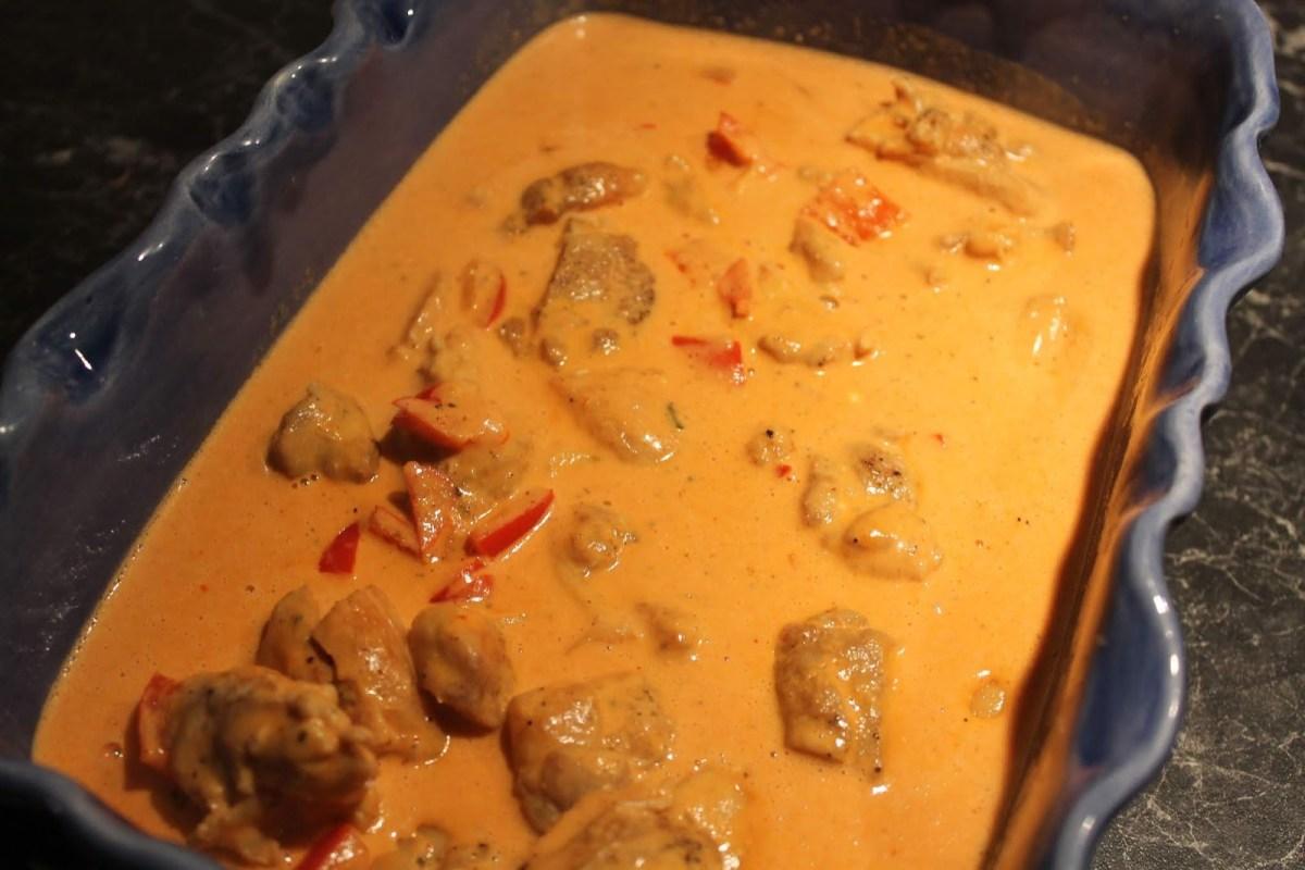 Kycklinggryta med paprika, champinjoner och tomat