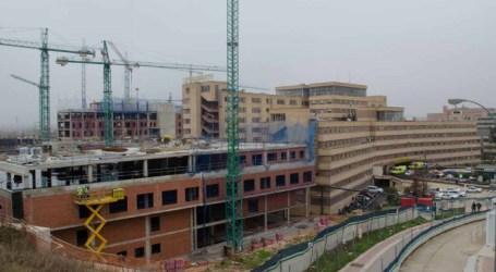 Así será el itinerario para privatizar el hospital  Se crean las unidades de gestión, en seis años se cambia su personalidad jurídica y queda privatizada sin marcha atrás