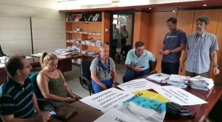 Sindicalistas ocupan las gerencias de varios hospitales canarios en señal de protesta