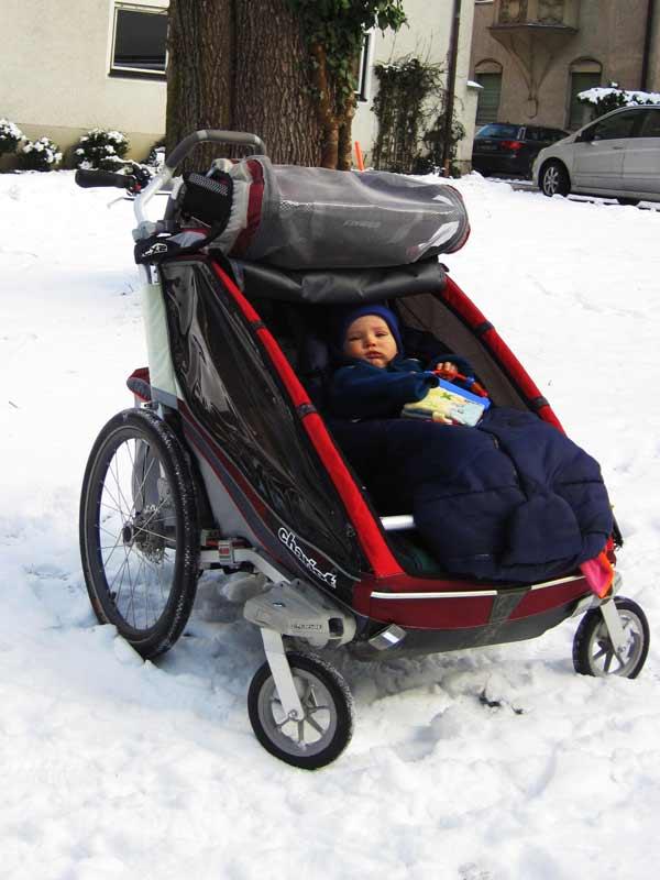 Winter-Schneemobil