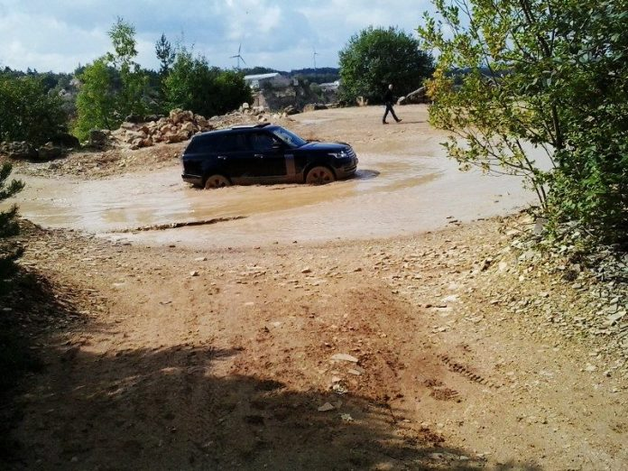 Range-Rover-Offroad-Park-Langenaltheim