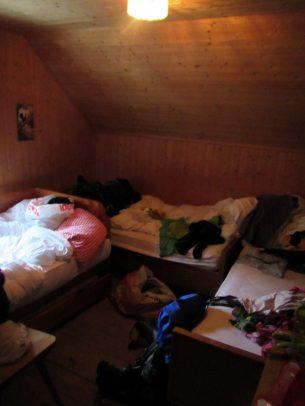 Vier-Bett-Lager in der Parkhütte Varusch