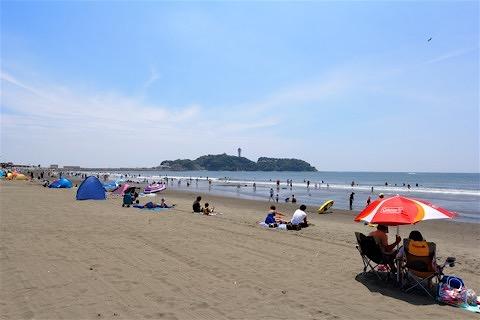 15_江ノ島を臨む鵠沼海岸まで歩いてすぐです!