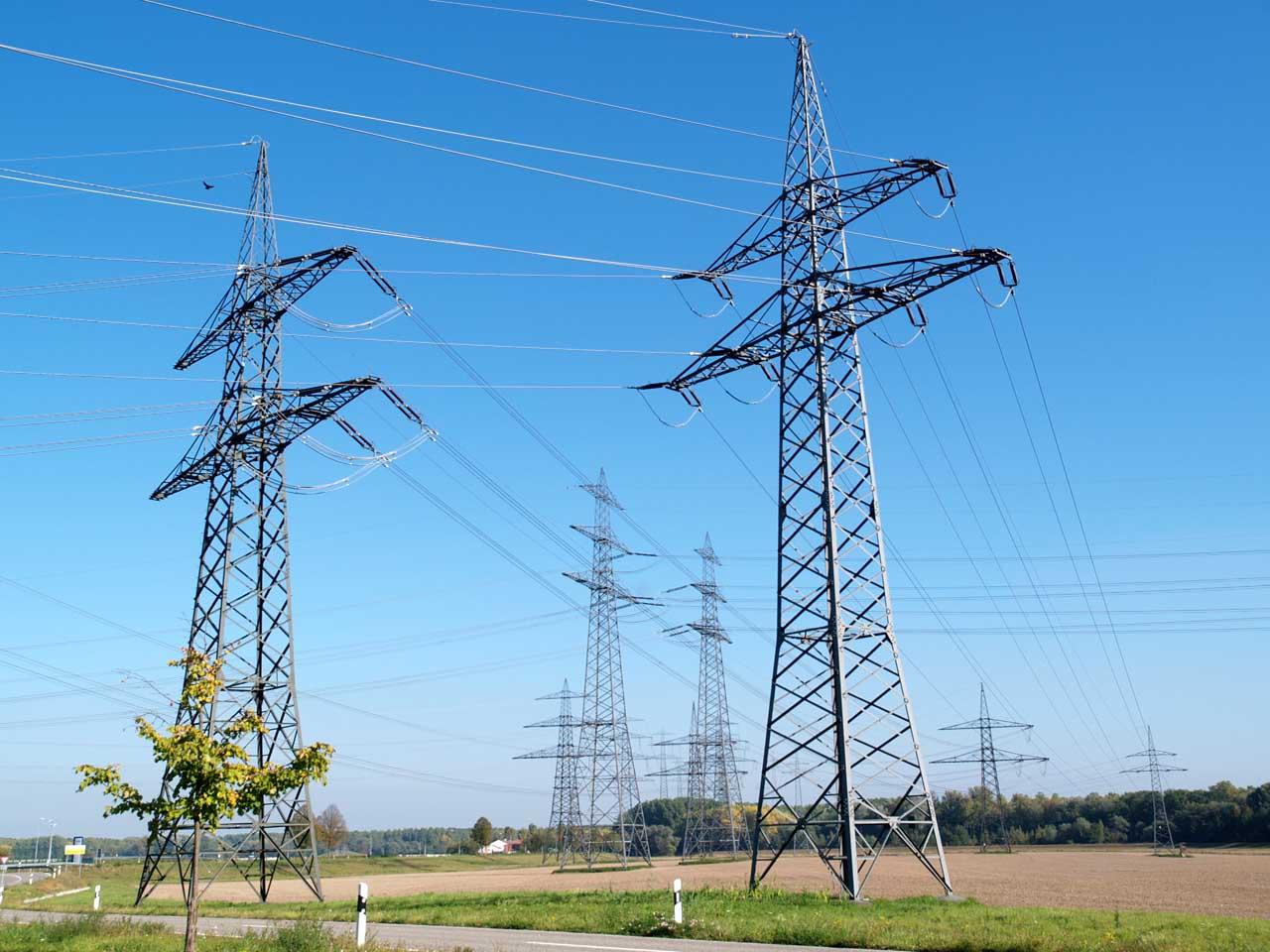 計3800キロにおよぶ高圧送電線の建設が必要とされている、ドイツ・フィリップスブルク、2011.11.10. © Matsuda Masahiro