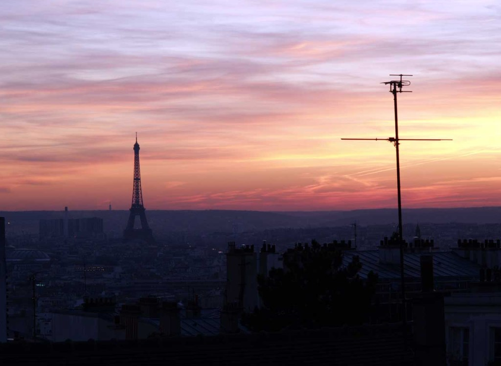 ゴッホもモンマルトルの丘から夕日に浮かぶパリの街を眺めたに違いない ©MATSUDA, Masahiro