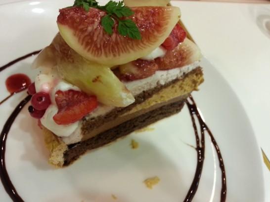 フラッグスカフェのケーキ (2)