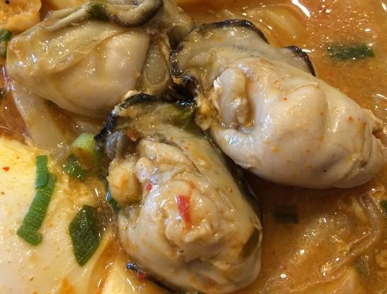 ガストのチゲに入っていた牡蠣
