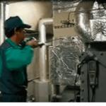 三機サービスの空調機器メンテナンス事業