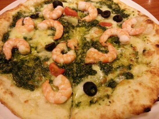 ラ・パウザのピザ