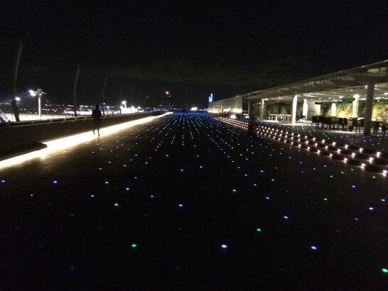 羽田空港のデッキ