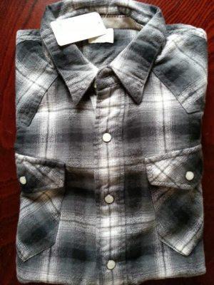 ライトンの襟付きシャツ