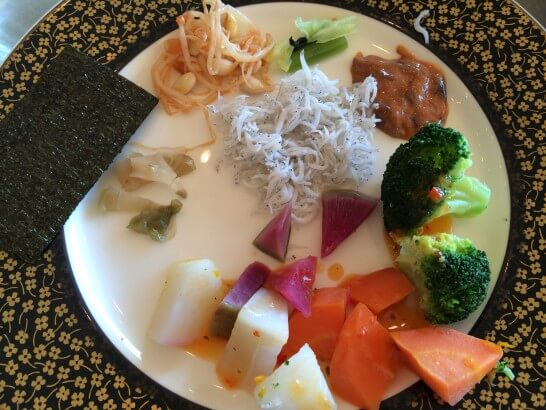 鎌倉プリンスホテルの朝食のしらす