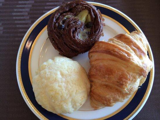 鎌倉プリンスホテルの朝食のパン