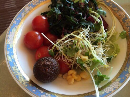 鎌倉プリンスホテルの朝食のサラダ
