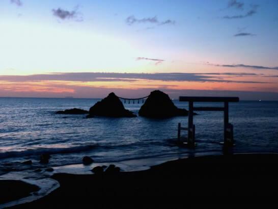 夫婦岩(糸島市)