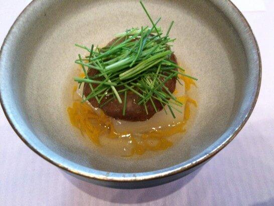 銀座 志の蟹ポルチーニ饅頭