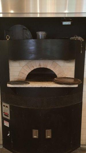 セントロのピザを焼く設備