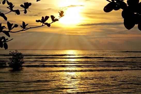 フィリピンのマニラ湾の夕日