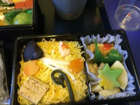 ANAプレミアムクラス(伊丹→羽田)の機内食(夕食)2
