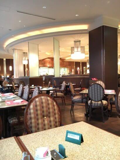 ロイヤルパークホテルのレストラン