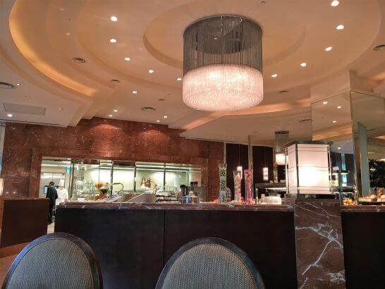 ロイヤルパークホテルの朝食会場