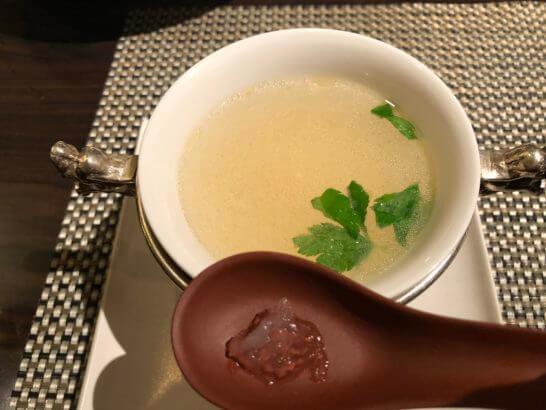 ヒルトン東京ベイの王朝 (特製つばめの巣スープ)